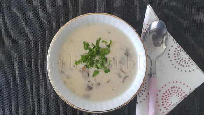 mantar çorbası sütlü