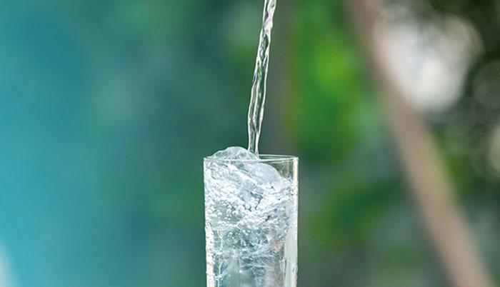 Metabolizmayı Hızlandıran İçecekler su