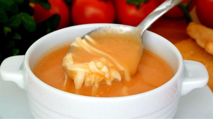 Evde Domates Çorbası
