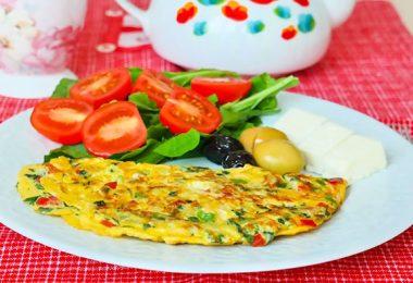Sebzeli Omlet Nasıl Yapılır