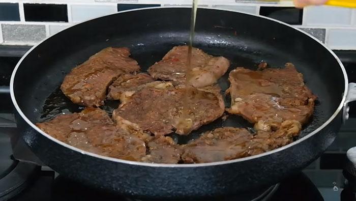 Tavada Biftek Kızartma