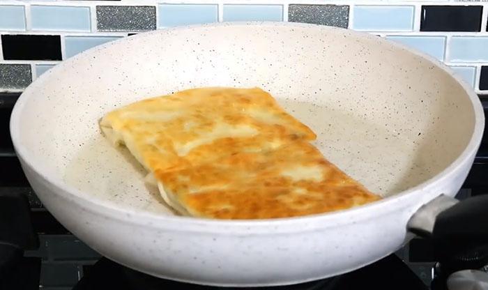 Tavada Peynirli Gözleme Tarifi