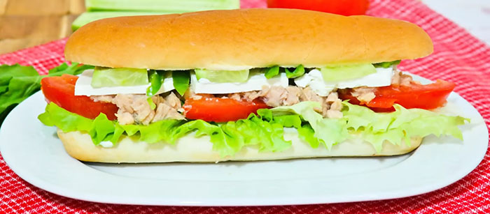 Ton Balıklı Sandviç kaç kalori