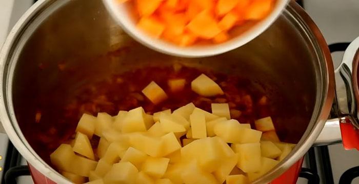 Zeytinyağlı Barbunya Yemeği Nasil Pişirilir