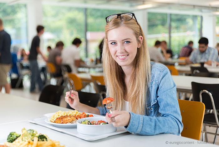 fakir öğrenci diyeti, yurt ortamında diyet